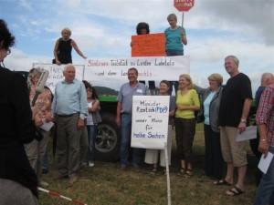 Mitglieder des Ortsbeirates Goßfelden beim Protest